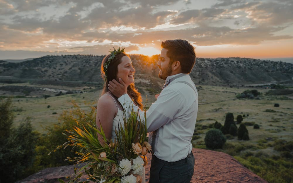 couple eloping at sunrise in Colorado
